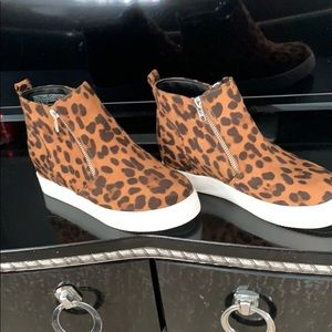 Shoes - Animal print high ankle shoes